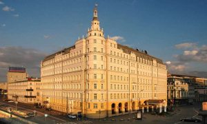 hotel-baltschug